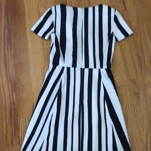 Topshop Dresses - Topshop vertical striped dress sz 4 black white